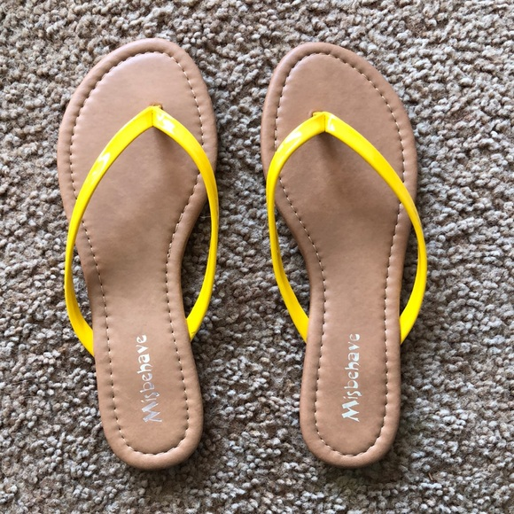 GoJane Shoes - Flip Flops